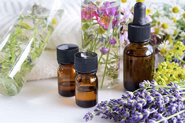 Why do Many Customers choose MEENA PERFUMERY Oils Compnay?